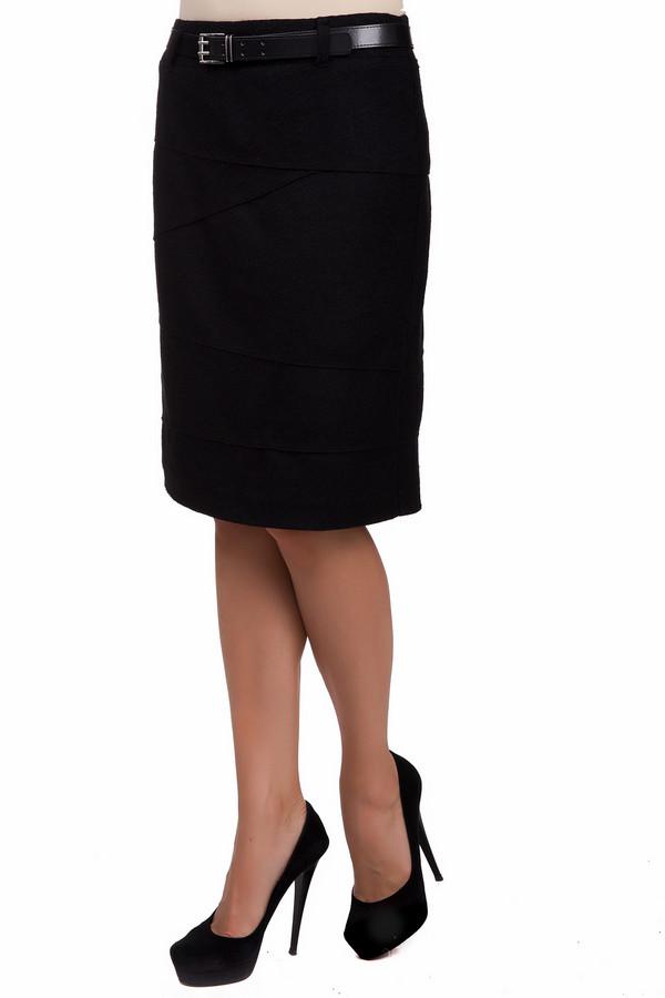Юбка Gerry WeberЮбки<br>Элегантная женская юбка Gerry Weber черного цвета. Это изделие было выполнено из полиэстера, шерсти и полиакрила. Данная модель предназначена для демисезонного периода. Юбка средней длины. Дополнена средним ремешком и застежкой сзади. Отличный вариант для похода на работу. Сочетается с одеждой разных расцветок.<br><br>Размер RU: 54<br>Пол: Женский<br>Возраст: Взрослый<br>Материал: полиэстер 52%, шерсть 37%, полиакрил 11%<br>Цвет: Чёрный