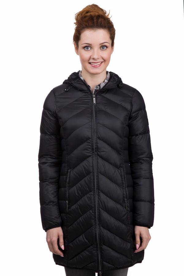 Пальто s.OliverПальто<br>Практичное женское пальто от бренда s.Oliver черного цвета. Это изделие было выполнено из полиамида. Данная модель предназначена для зимнего сезона. Дополнена боковыми карманами и капюшоном. Застегивается с помощью серебристой молнии. Пальто отличной длинны. Согреет в прохладную погоду. А благодаря цвету, будет сочетаться с разной одеждой из гардероба.<br><br>Размер RU: 40<br>Пол: Женский<br>Возраст: Взрослый<br>Материал: полиамид 100%<br>Цвет: Чёрный