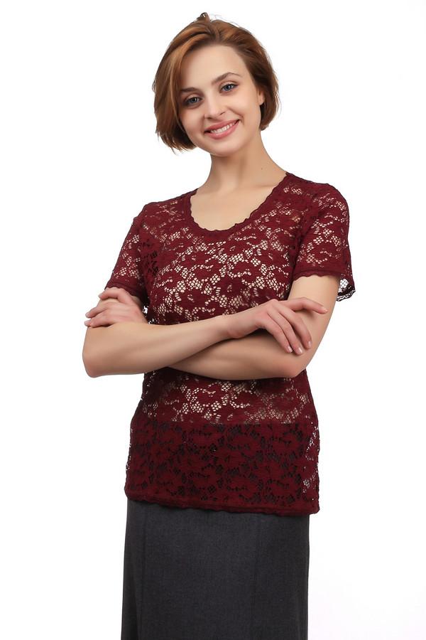 Блузa Betty BarclayБлузы<br>Элегантная женская блуза от бренда Betty Barclay бордового цвета. Это изделие было выполнено из эластана и полиамида. Данная модель предназначена для летнего сезона. Блуза свободного кроя с короткими рукавами. Дополнена кружевными вставками с изображением цветов. Лучше всего сочетается с темными однотонными вещами.<br><br>Размер RU: 44<br>Пол: Женский<br>Возраст: Взрослый<br>Материал: эластан 7%, полиамид 93%<br>Цвет: Бордовый