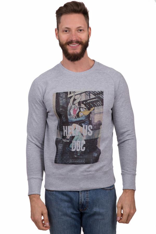 Джемпер Eleven ParisДжемперы<br>Модный мужской пуловер от бренда Eleven Paris серого цвета. Это изделие было выполнено из хлопка и полиэстера. Данная модель является демисезонной. Дополнена резинками на рукавах и снизу, изображением мультипликационных героев и надписью белыми буквами. Сочетается с темными и светлыми джинсами. Практичное и модное решение на прохладную погоду.<br><br>Размер RU: 52-54<br>Пол: Мужской<br>Возраст: Взрослый<br>Материал: хлопок 60%, полиэстер 40%<br>Цвет: Серый