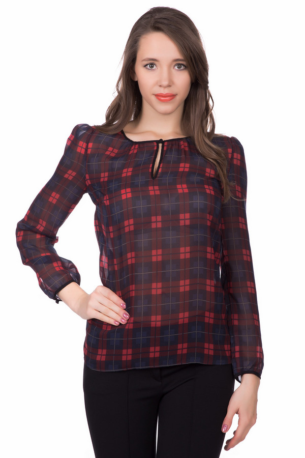 Блузa OuiБлузы<br>Оригинальная женская блуза Oui чёрного, серого, красного, бордового и синего цветов. Эта модель была сделана из полиэстера. Данное изделие предназначено для демисезонного периода. Блуза свободного кроя и с длинными рукавами. Дополнена крупным клетчатым рисунком, маленьким вырезом спереди и резинками на рукавах. Такое изделие дополнит любой образ.<br><br>Размер RU: 44<br>Пол: Женский<br>Возраст: Взрослый<br>Материал: полиэстер 100%<br>Цвет: Разноцветный