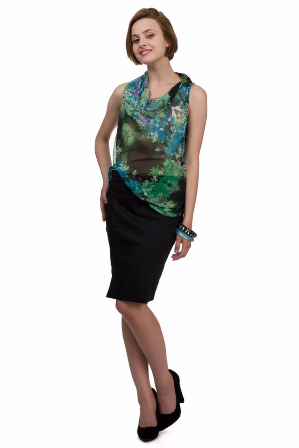 Юбка Sai-KuЮбки<br>Модная женская юбка Sai-Ku черного цвета. Это изделие было выполнено из эластан и хлопка. Данную модель можно носить круглый год. Юбка средней длинны, облегающая. Дополнена застежкой на молнии сзади. Хорошо подойдет для похода на работу. С яркими аксессуарами такую юбку можно надеть на важное мероприятие.<br><br>Размер RU: 44<br>Пол: Женский<br>Возраст: Взрослый<br>Материал: эластан 3%, хлопок 97%<br>Цвет: Чёрный