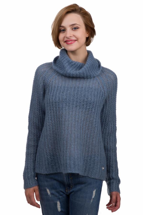 Пуловер SetПуловеры<br>Стильный женский пуловер Set синего цвета. Это изделие было изготовлено из полиамида, шерсти и мохера. Данная модель предназначена для зимнего сезона. Пуловер выполнен крупной вязкой. Дополнен объемным воротом. Изделие согреет в холодную зимнюю погоду. При этом, он выглядит стильно и ярко. Сочетается с джинсами, брюками оттенков приближенных к синему или зеленому.<br><br>Размер RU: 48<br>Пол: Женский<br>Возраст: Взрослый<br>Материал: полиамид 30%, шерсть 20%, мохер 50%<br>Цвет: Синий