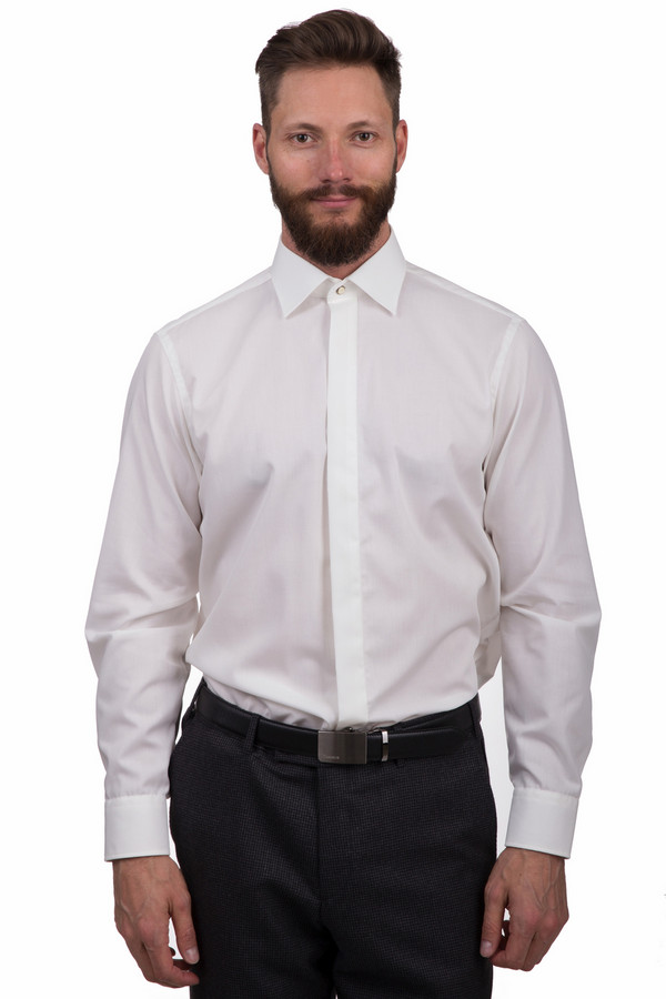 Рубашка с длинным рукавом Casa ModaДлинный рукав<br>Классическая мужская рубашка Casa Moda белого цвета. Данное изделие было изготовлено из натурального хлопка. Эта модель предназначена для демисезонного периода. Рубашка свободного кроя и с длинными рукавами. Дополнена манжетами на рукавах. Застегивается с помощью маленьких белых пуговиц. Отличный вариант на каждый день.  regular fit<br><br>Размер RU: 46<br>Пол: Мужской<br>Возраст: Взрослый<br>Материал: хлопок 100%<br>Цвет: Белый