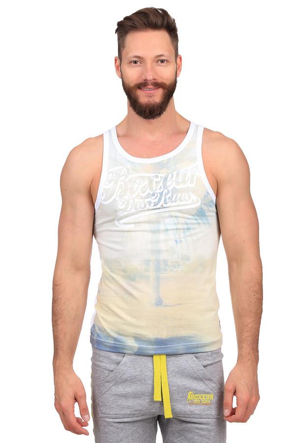 Футболкa Boxeur Des RuesФутболки<br>Оригинальная мужская футболка Boxeur Des Rues белого, жёлтого и синего цветов. Это изделие было изготовлено из полиэстера и хлопка. Данная модель предназначена для теплой летней погоды. Она дополнена рисунком в пастельных тонах и белой надписью. Задняя сторона полностью белая. Такая футболка подойдет как для занятий спортом, так и для прогулок.<br><br>Размер RU: 52-54<br>Пол: Мужской<br>Возраст: Взрослый<br>Материал: хлопок 50%, полиэстер 50%<br>Цвет: Разноцветный