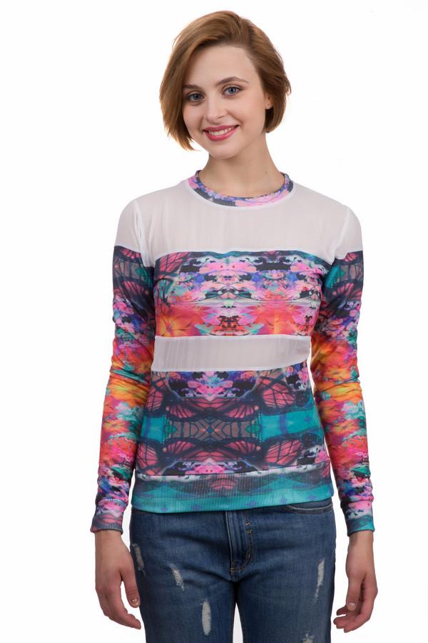 Джемпер Boxeur Des RuesДжемперы<br>Яркий женский джемпер Boxeur Des Rues белого, чёрного, розового, оранжевого, голубого, синего, сиреневого и фиолетового цветов. Это изделие было выполнено из хлопка и полиэстера. Данная модель предназначена для демисезонного периода. Джемпер сидит по фигуре. Дополнен белым полупрозрачными, разноцветными цветочными вставками. Придаст любому образу яркости.<br><br>Размер RU: 48-50<br>Пол: Женский<br>Возраст: Взрослый<br>Материал: хлопок 50%, полиэстер 50%<br>Цвет: Разноцветный
