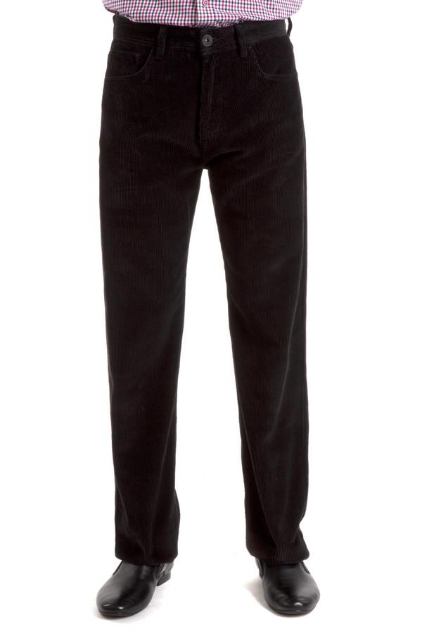 Брюки Flavio NavaБрюки<br>Вельветовые брюки от бренда Flavio Nava прямого кроя выполнены из хлопка черного цвета. Изделие дополнено: шлевками под ремень, пятью стандартными карманами и застежкой-молния с пуговицей.<br><br>Размер RU: 50(L34)<br>Пол: Мужской<br>Возраст: Взрослый<br>Материал: хлопок 100%<br>Цвет: Чёрный