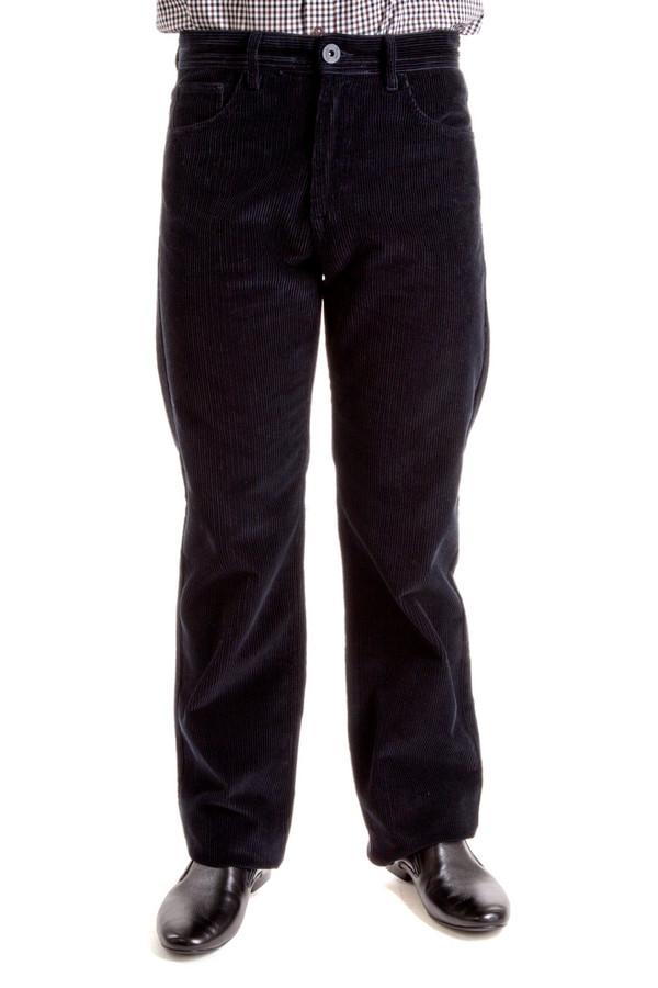 Брюки Flavio NavaБрюки<br>Вельветовые брюки от бренда Flavio Nava прямого кроя выполнены из хлопка темно-серого цвета. Изделие дополнено: шлевками под ремень, пятью стандартными карманами и застежкой-молния с пуговицей.<br><br>Размер RU: 48(L34)<br>Пол: Мужской<br>Возраст: Взрослый<br>Материал: хлопок 100%<br>Цвет: Серый