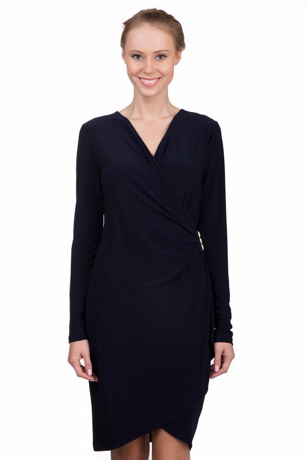 Платье Joseph RibkoffПлатья<br>Утонченное платье Joseph Ribkoff темного синего цвета. Данное изделие было изготовлено из полиамида и спандекса. Эта модель предназначена для демисезонного периода. У платье красивый V-образный вырез. Оно сидит по фигуре, средней длинны. Рукава длинные. Подойдет для важного мероприятия.<br><br>Размер RU: 42<br>Пол: Женский<br>Возраст: Взрослый<br>Материал: полиамид 92%, спандекс 8%<br>Цвет: Синий