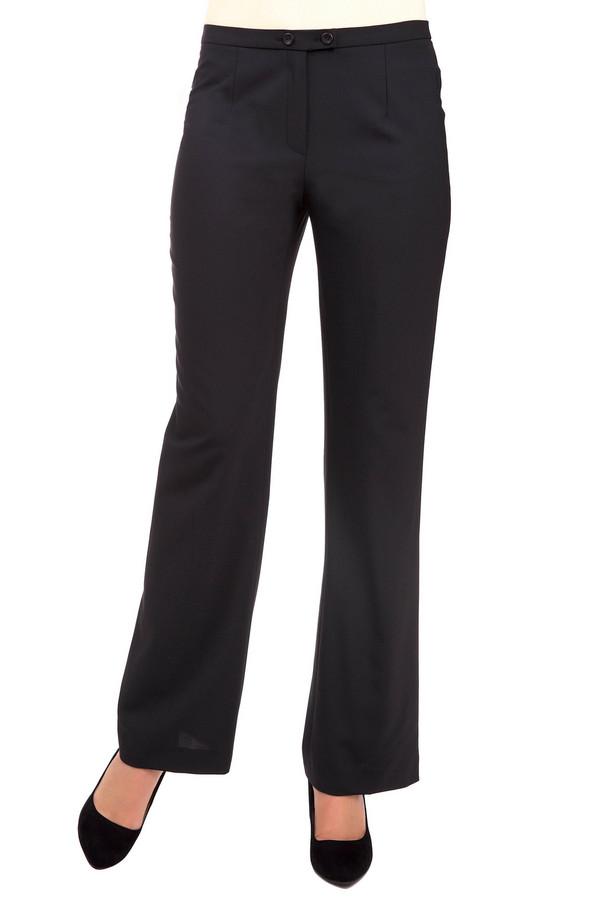 Брюки MicheleБрюки<br>Классические женские брюки Michele черного цвета. Это изделие было выполнено из эластана, полиэстера и шерсти. Данная модель предназначена для демисезона. Брюки свободного кроя, расклешенные к низу. Застегиваются на молнию и две пуговицы. Такие штаны скрывают недостатки фигуры. Сочетаются с разной одеждой.<br><br>Размер RU: 48<br>Пол: Женский<br>Возраст: Взрослый<br>Материал: эластан 4%, полиэстер 53%, шерсть 43%<br>Цвет: Чёрный
