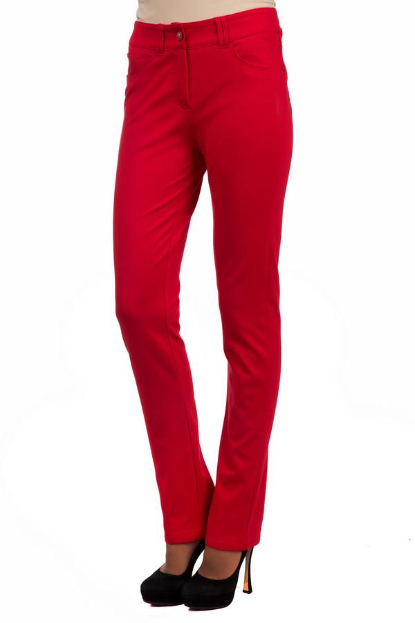 Брюки PezzoБрюки<br>Классические женские брюки Pezzo яркого красного цвета. Эта модель была сделана из вискозы, нейлона и спандекса. Данная модель предназначена для демисезонного периода. Брюки средней посадки. Дополнены шлевками для ремня и карманами. Гармонично будут сочетаться с блузами и рубашками. В комплект к брюкам можно подобрать  жакет Pezzo .<br><br>Размер RU: 48<br>Пол: Женский<br>Возраст: Взрослый<br>Материал: вискоза 68%, нейлон 26%, спандекс 6%<br>Цвет: Красный
