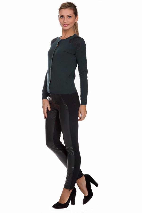 Брюки CambioБрюки<br>Стильные женские брюки Cambio черного цвета. Данное изделие было выполнено из эластана, полиамида и вискозы. Эта модель предназначена для демисезонного периода. Брюки низкой посадки. Сидят по фигуре. Дополнены разно фактурными вставками и молниями по бокам и снизу. Идеально подойдет для вечеринки, особенно в сочетании с обувью на каблуке.<br><br>Размер RU: 42<br>Пол: Женский<br>Возраст: Взрослый<br>Материал: эластан 6%, полиамид 25%, вискоза 69%<br>Цвет: Чёрный