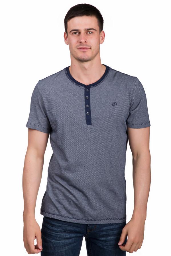 Футболкa s.OliverФутболки<br>Практичная мужская футболка s.Oliver темного синего цвета с серыми элементами. Это изделие было выполнено из натурального хлопка. Модель предназначена для летнего сезона. Футболка свободного кроя. Дополнена мелкой нашивкой бренда и темными пуговицами на вороте. Такая вещь является очень сдержанной, но при этом стильной.<br><br>Размер RU: 44-46<br>Пол: Мужской<br>Возраст: Взрослый<br>Материал: хлопок 100%<br>Цвет: Серый
