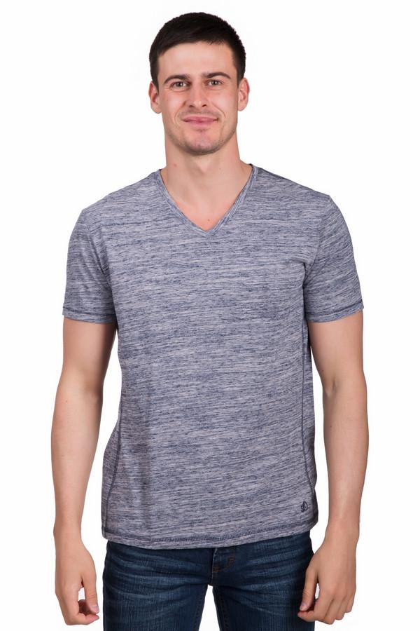 Футболкa s.OliverФутболки<br>Модная мужская футболка s.Oliver серого цвета с синими деталями. Данное изделие было изготовлено из хлопка и полиэстера. Эта модель предназначена для летнего сезона. Футболка сидит по фигуре. Дополнена аккуратными стежками по бокам и неглубоким V-образным вырезом. Простая и лаконичная вещь на каждый день.<br><br>Размер RU: 44-46<br>Пол: Мужской<br>Возраст: Взрослый<br>Материал: хлопок 60%, полиэстер 40%<br>Цвет: Синий