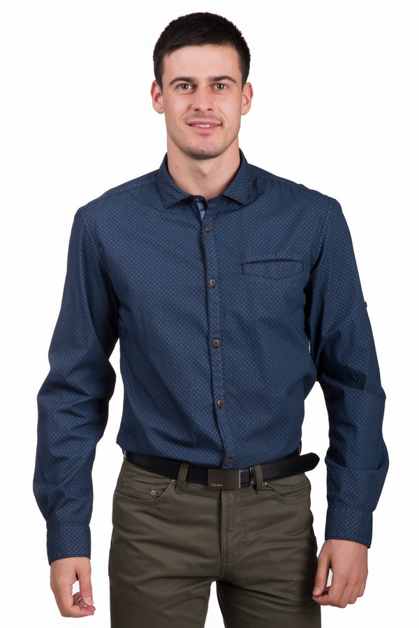 Рубашка с длинным рукавом s.OliverДлинный рукав<br>Оригинальная мужская рубашка s.Oliver синего цвета с черными и голубыми элементами. Эта модель была сделана из натурального хлопка. Изделие предназначено для демисезона. Рубашка свободного кроя и с длинными рукавами. Дополнена мелким гороховым узором и манжетами на рукавах. Застегивается с помощью коричневых пуговиц. Прекрасно подойдет для праздничных мероприятий.<br><br>Размер RU: 44-46<br>Пол: Мужской<br>Возраст: Взрослый<br>Материал: хлопок 100%<br>Цвет: Разноцветный
