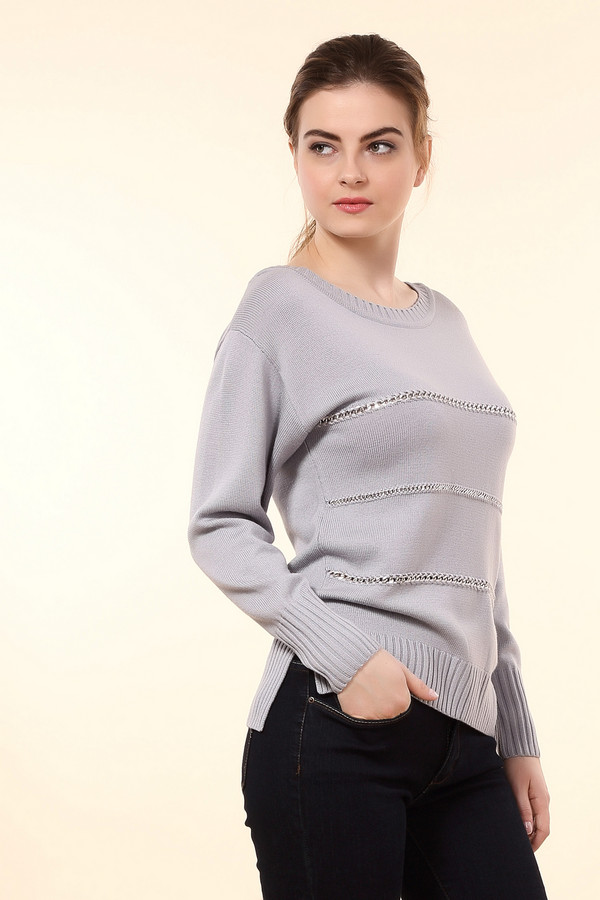 Пуловер Just ValeriПуловеры<br>Стильный женский пуловер Just Valeri сиреневого цвета. Это изделие было выполнено полностью из шерсти. Данная модель предназначена для демисезона. Пуловер свободного кроя и с длинными рукавами. Дополнен вставками из маленьких серебристых цепей и не большими разрезами по бокам. Может сочетаться с юбками и брюками.<br><br>Размер RU: 52<br>Пол: Женский<br>Возраст: Взрослый<br>Материал: шерсть 100%<br>Цвет: Сиреневый