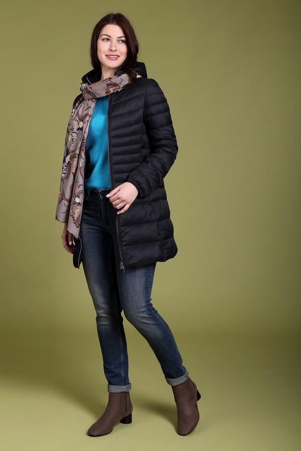 Куртка Just ValeriКуртки<br>Практичная женская куртка Just Valeri черного цвета. Это изделие было выполнено из нейлона. Данная модель предназначена для холодной зимней погоды. Куртка средней длины. Дополнена карманами и капюшоном. Застегивается с помощью золотистой молнии. Удобный и стильный вариант на каждый день. Сочетается с любой одеждой.<br><br>Размер RU: 44<br>Пол: Женский<br>Возраст: Взрослый<br>Материал: нейлон 100%<br>Цвет: Чёрный