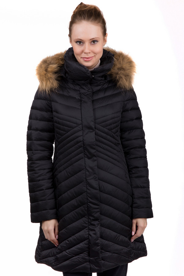 Пальто PezzoПальто<br>Удобное женское Pezzo черного цвета. Это изделие было изготовлено из нейлона. Данная модель предназначена для холодной зимней погоды. Пальто средней длины. Дополнена боковыми строчками и капюшоном с мехом. Застегивается с помощью молнии и черных кнопок. Сочетается с разной одеждой. Прекрасный вариант на зиму.<br><br>Размер RU: 46<br>Пол: Женский<br>Возраст: Взрослый<br>Материал: нейлон 100%<br>Цвет: Чёрный