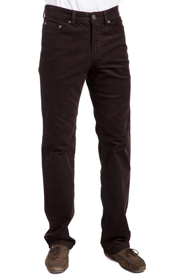 Брюки PezzoБрюки<br>Классические мужские брюки от бренда Pezzo коричневого цвета. Это изделие было выполнено из эластана и хлопка. Данная модель предназначена для демисезонного периода. Штаны средней посадки. Сидят по фигуре. Лучше всего сочетаются с рубашками или джемперами теплых тонов. Хороший вариант для повседневного образа.<br><br>Размер RU: 50<br>Пол: Мужской<br>Возраст: Взрослый<br>Материал: эластан 1%, хлопок 99%<br>Цвет: Коричневый