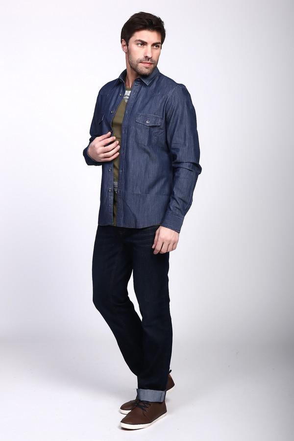 Джинсы PezzoДжинсы<br>Практичные мужские брюки от бренда Pezzo темного синего цвета. Изделие было выполнено из полиэстера и хлопка. Эта модель является демисезонной. Штаны средней посадки. Не облегают. Не сковывают движений. Хорошо подойдут для похода на работу, где нет офисного дресс-кода. Отличный вариант для прогулки по городу.<br><br>Размер RU: 56<br>Пол: Мужской<br>Возраст: Взрослый<br>Материал: полиэстер 30%, хлопок 70%<br>Цвет: Синий