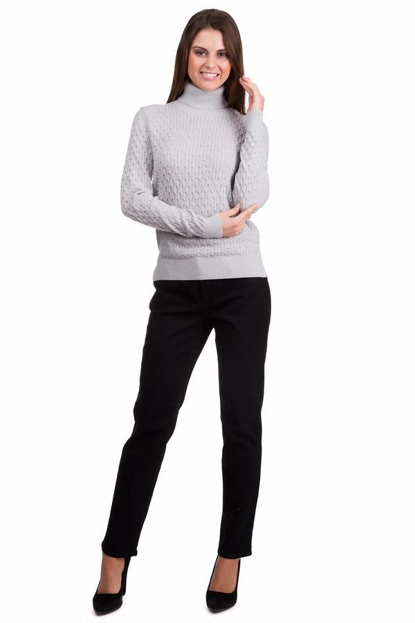 Водолазка PezzoВодолазки<br>Практичный женский пуловер Pezzo светло-серого цвета. Данное изделие было выполнено из хлопка, ангоры, кашемира и нейлона. Эта модель предназначена для холодной зимней погоды. Пуловер свободного кроя, с длинными рукавами и длинным воротом. Дополнен интересной вязкой. Сочетается с темной одеждой. Практичное и стильное решение для зимы.<br><br>Размер RU: 46<br>Пол: Женский<br>Возраст: Взрослый<br>Материал: хлопок 55%, ангора 5%, кашемир 3%, нейлон 37%<br>Цвет: Серый