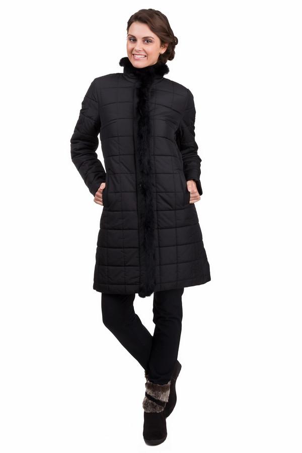 Пальто PezzoПальто<br>Простое женское пальто Pezzo черного цвета. Это изделие было выполнено из полиэстера. Данная модель предназначена для зимнего периода. Пальто длинное. Дополнено мехом внутри и боковыми карманами. Застегивается с помощью молнии и металлических кнопок. Прекрасно сочетается с разной одеждой. Стильное и практичное решение на каждый день.<br><br>Размер RU: 46<br>Пол: Женский<br>Возраст: Взрослый<br>Материал: полиэстер 100%<br>Цвет: Чёрный