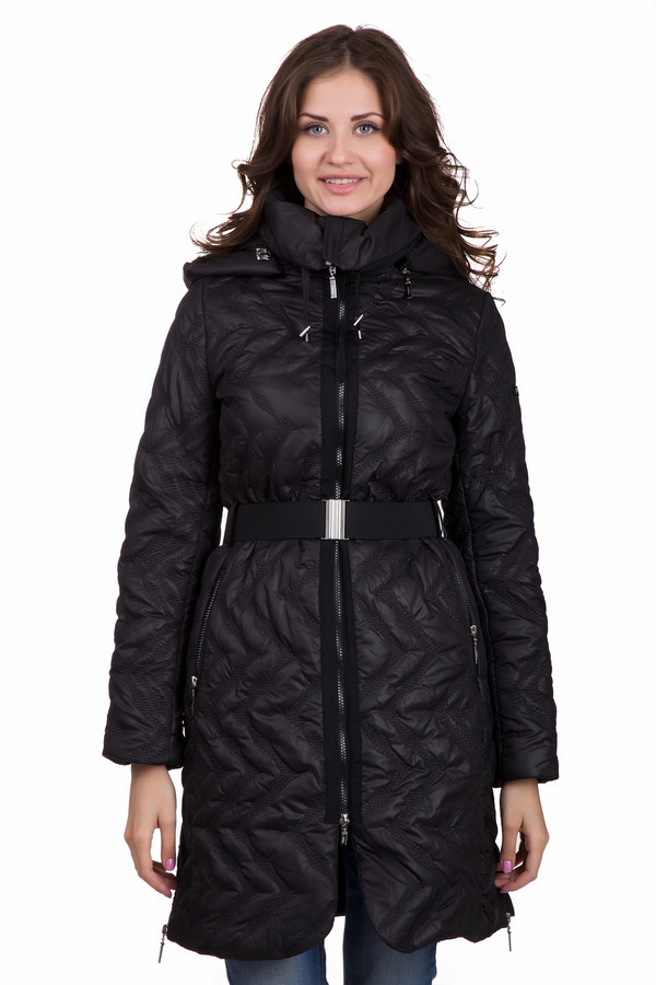 Пальто PezzoПальто<br>Универсальное женское пальто от бренда Pezzo черного цвета. Данная модель изготовлена полностью из полиэстера. Такое изделие согреет в зимнюю погоду. По длине оно ниже колена. Дополнено объемным воротом, капюшоном сзади и широким пояском на талии. Застегивается с помощью молнии. Отличная базовая вещь в гардеробе.<br><br>Размер RU: 52<br>Пол: Женский<br>Возраст: Взрослый<br>Материал: полиэстер 100%<br>Цвет: Чёрный