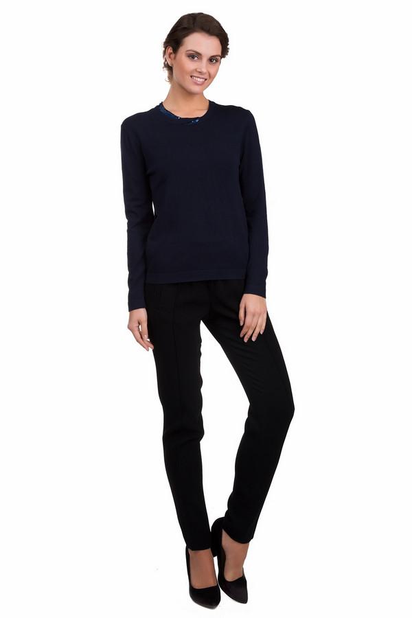 Пуловер PezzoПуловеры<br>Оригинальный женский пуловер Pezzo темно-синего цвета. Эта модель выполнена из вискозы и нейлона. Данное изделие предназначено для демисезонного периода. Изделие дополнено круглым вырезом и длинными рукавами. Ворот украшен элементом выполненным из пайеток.<br><br>Размер RU: 48<br>Пол: Женский<br>Возраст: Взрослый<br>Материал: вискоза 80%, нейлон 20%<br>Цвет: Синий