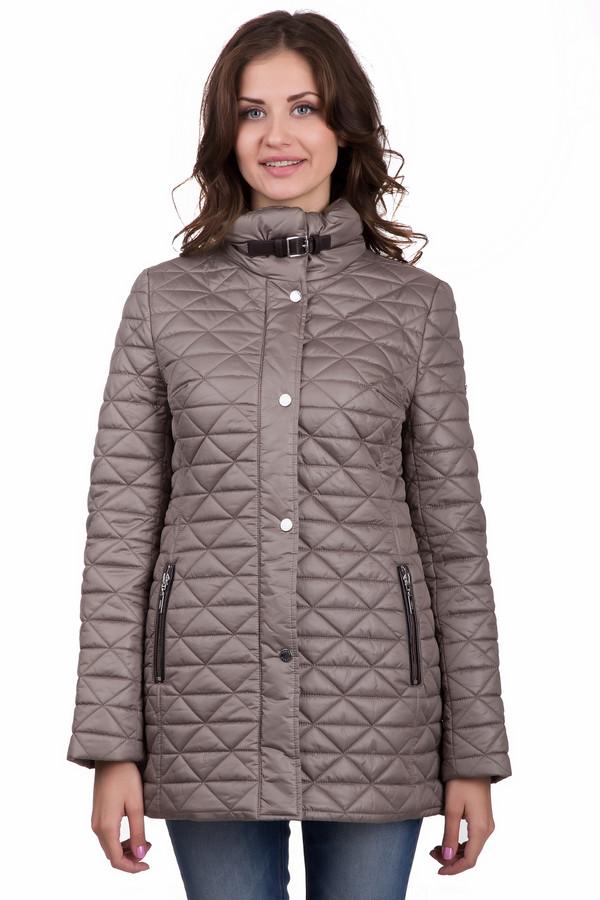 Куртка PezzoКуртки<br>Универсальная женская куртка от бренда Pezzo бежевого цвета. Данное изделие изготовлено полностью из полиэстера. Эта модель создана для осени и весны. Куртка прикрывает бедра. Дополнена удобными карманами, капюшоном и строчками. Есть небольшой ремешок сзади. Лучшее решение для прохладной погоды. Благодаря цвету не сложно будет подбирать аксессуары.<br><br>Размер RU: 48<br>Пол: Женский<br>Возраст: Взрослый<br>Материал: полиэстер 100%<br>Цвет: Бежевый