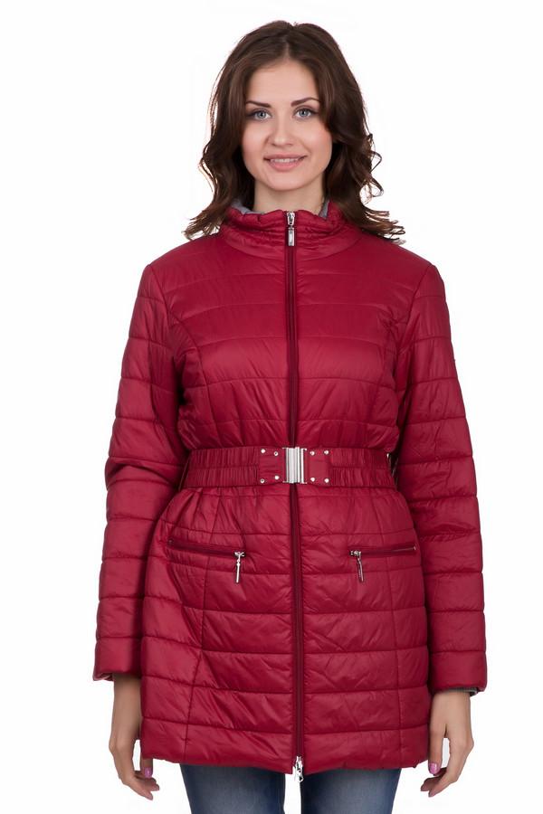 Пальто PezzoПальто<br>Практичное женское пальто Pezzo красного цвета. Это изделие было выполнено из нейлона. Данная модель предназначена для зимнего сезона. Пальто длинное и свободное. Дополнено поясом на талии и боковыми карманами. Сочетается с одеждой разных стилей и расцветок. Стильное решение на холодную погоду.<br><br>Размер RU: 42<br>Пол: Женский<br>Возраст: Взрослый<br>Материал: нейлон 100%<br>Цвет: Красный