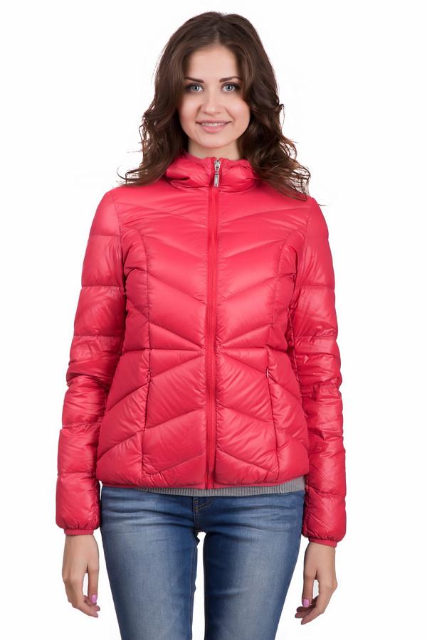 Куртка PezzoКуртки<br>Яркая женская куртка от бренда Pezzo красного цвета. Эта модель сделана полностью из нейлона. Такое изделие можно носить осенью и весной. Куртка по длине выше бедер. Дополнена удобным капюшоном сзади и боковыми карманами. Добавит в повседневный образ яркости и свежести. Идеальное решение для прохладной погоды.<br><br>Размер RU: 42<br>Пол: Женский<br>Возраст: Взрослый<br>Материал: нейлон 100%<br>Цвет: Красный