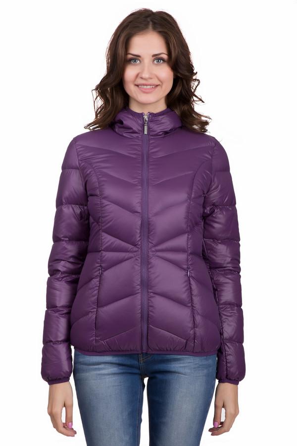 Пуховик PezzoПуховики<br>Модная женская куртка от бренда Pezzo фиолетового цвета. Эта модель изготовлена полностью из нейлона. Такое изделие можно носить осенью и весной. Куртка по длине выше бедер. Дополнена удобным капюшоном сзади и боковыми карманами. Подойдет для тех кому по душе яркость в одежде. Хороший вариант на прохладную пору.<br><br>Размер RU: 42<br>Пол: Женский<br>Возраст: Взрослый<br>Материал: нейлон 100%<br>Цвет: Фиолетовый