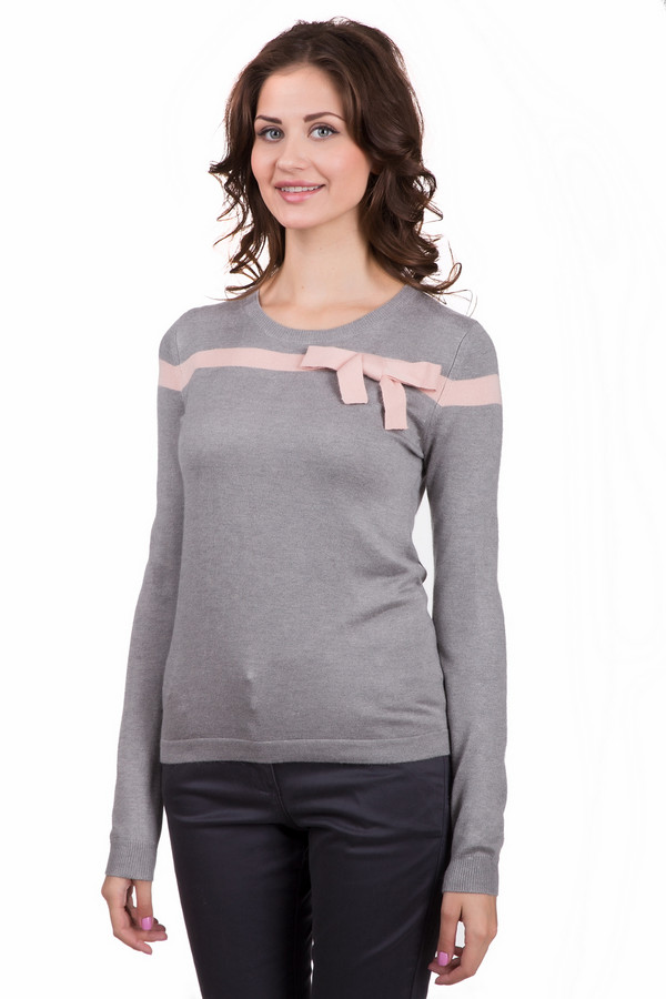 Джемпер LocustДжемперы<br>Модный женский джемпер Locust серого цвета с розовыми деталями. Эта модель была сделана из нейлона, вискозы и ангоры. Изделие создано для осени и весны. Джемпер свободного кроя и с длинными рукавами. Дополнен горизонтальной черной линией сверху и черным бантом. Сочетается как с юбками, так и с брюками.<br><br>Размер RU: 40-42<br>Пол: Женский<br>Возраст: Взрослый<br>Материал: нейлон 30%, вискоза 65%, ангора 5%<br>Цвет: Розовый