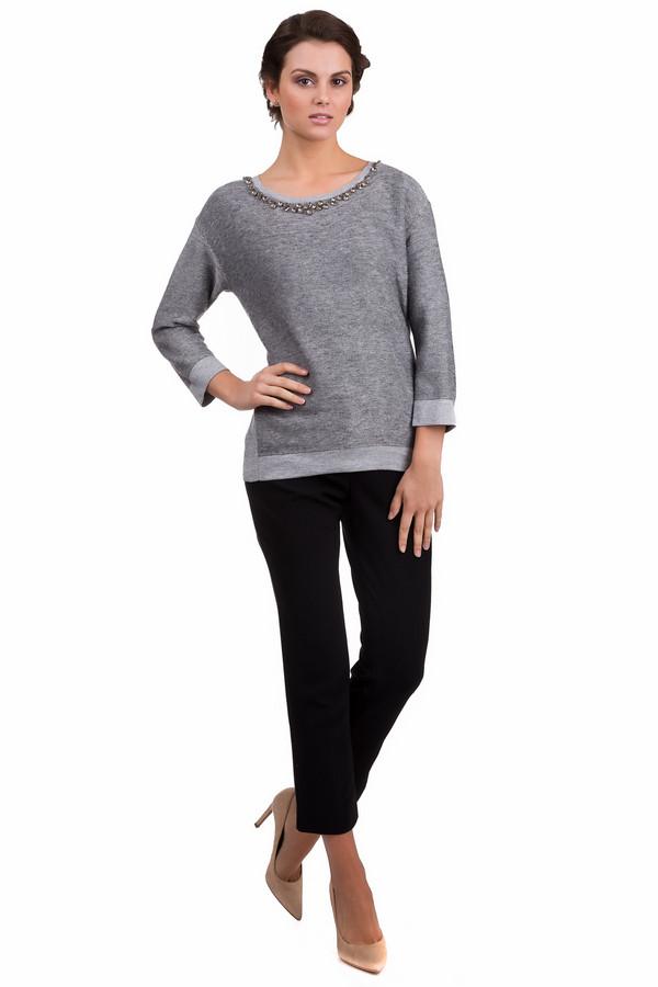Пуловер PassportПуловеры<br>Стильный женский пуловер Passport серого цвета. Эта модель была выполнена из шерсти, вискозы и полиамида. Данное изделие предназначено для демисезонного периода. Пуловер свободного кроя и с укорочёнными рукавами. Дополнен крупными серебристыми камнями на вороте. Сочетается с разной одеждой.<br><br>Размер RU: 46<br>Пол: Женский<br>Возраст: Взрослый<br>Материал: шерсть 30%, вискоза 50%, полиамид 20%<br>Цвет: Серый