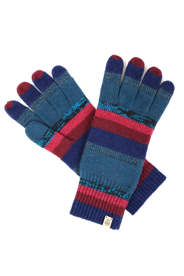 Перчатки RoecklПерчатки<br>Яркие женские перчатки Roeckl чёрного, серого, красного, бордового, голубого и синего цветов. Изделие было изготовлено из полиэстера, вискозы, металла, шерсти, нейлона и альпака. Такая модель является зимней. Перчатки украшены разноцветными полосами Идеально подойдут для тех, кто любит яркость во всем.<br><br>Размер RU: один размер<br>Пол: Женский<br>Возраст: Взрослый<br>Материал: полиэстер 10%, вискоза 32%, металл 6%, шерсть 19%, нейлон 29%, альпака 4%<br>Цвет: Разноцветный