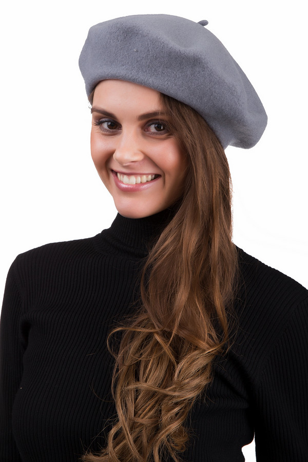 Берет SeebergerБереты<br>Стильный женский берет Seeberger серого цвета. Это изделие было выполнено из шерсти. Данная модель предназначена для демисезонного периода. Головной убор можно сочетать с одеждой разных цветов и фактур. Лучше всего будет смотреться с классическими пальто. Такой аксессуар является стильным и практичным решением для первых холодов.<br><br>Размер RU: один размер<br>Пол: Женский<br>Возраст: Взрослый<br>Материал: шерсть 100%<br>Цвет: Серый