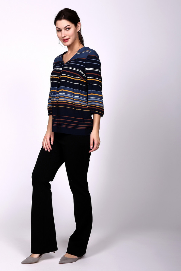 Брюки GardeurБрюки<br>Классические женские брюки Gardeur черного цвета. Эта модель была сделана из эластана, вискозы и полиамида. Изделие предназначено для демисезона. Штаны средней посадки. Слегка расклешенные снизу. Визуально скрывают недостатки фигуры. Лучше всего сочетаются с одеждой классического стиля. Идеальный вариант для работы.<br><br>Размер RU: 44<br>Пол: Женский<br>Возраст: Взрослый<br>Материал: эластан 6%, вискоза 71%, полиамид 23%<br>Цвет: Чёрный