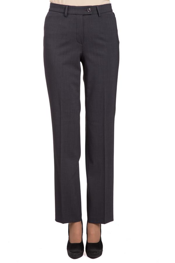 Брюки GardeurБрюки<br>Стильные женские брюки Gardeur коричневого цвета. Данное изделие изготовлено из эластана, полиэстера и шерсти. Такая модель была разработана для осени и весны. Штаны средней посадки. Дополнена резинкой сверху и пуговицей сбоку. Прекрасный вариант для деловых встреч. Идеально смотрится с обувью на каблуке.<br><br>Размер RU: 54<br>Пол: Женский<br>Возраст: Взрослый<br>Материал: эластан 5%, полиэстер 52%, шерсть 43%<br>Цвет: Коричневый