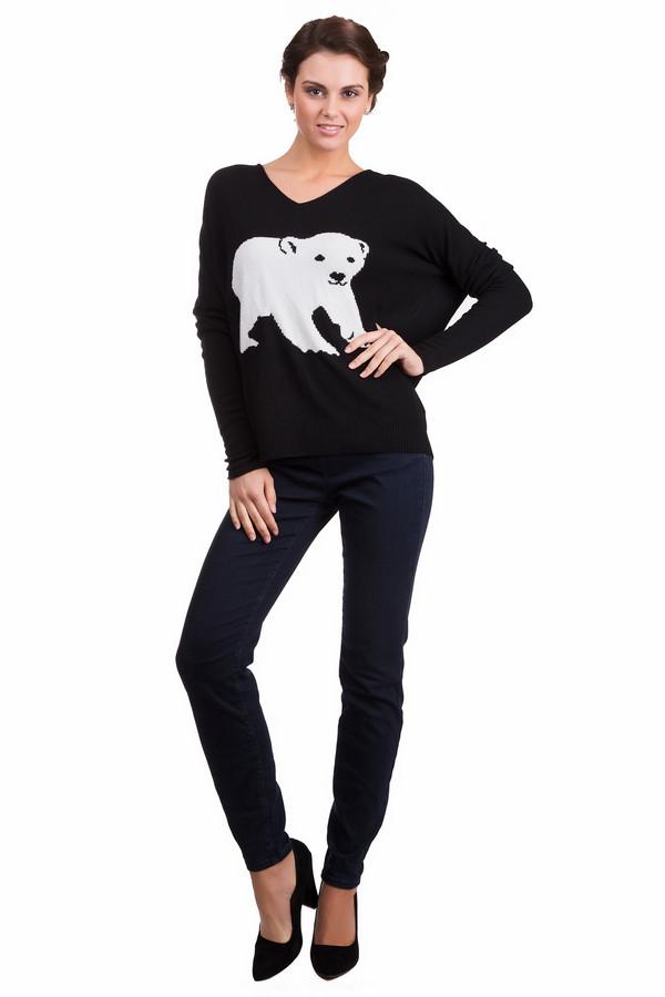 Пуловер GwyneddsПуловеры<br>Молодежный женский пуловер Gwynedds черного цвета с белыми элементами. Это изделие было выполнено из кашемира, полиакрила, вискозы и металла. Данная модель предназначена для демисезонного периода. Пуловер свободного кроя, сделан по форме летучая мышь. Дополнен изображением медведя на черном фоне. Хорошо сочетается с брюками разных фасонов и цветов.<br><br>Размер RU: 46-48<br>Пол: Женский<br>Возраст: Взрослый<br>Материал: кашемир 10%, полиакрил 25%, вискоза 40%, металл 25%<br>Цвет: Белый