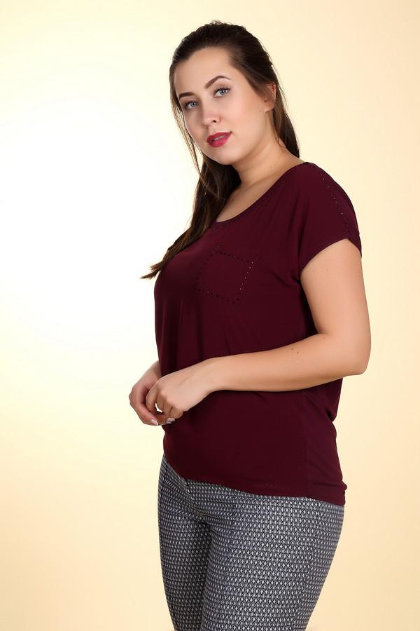 Блузa MonariБлузы<br>Стильная женская блуза Monari бордового цвета. Это изделие было выполнено из полиэстера и вискозы. Данная модель предназначена для летнего сезона. Блуза свободного кроя и с короткими рукавами. Дополнена карманом на груди. Украшена мелкими камнями бордового цвета. Можно носить навыпуск или в заправленном виде.<br><br>Размер RU: 42<br>Пол: Женский<br>Возраст: Взрослый<br>Материал: полиэстер 50%, вискоза 50%<br>Цвет: Бордовый