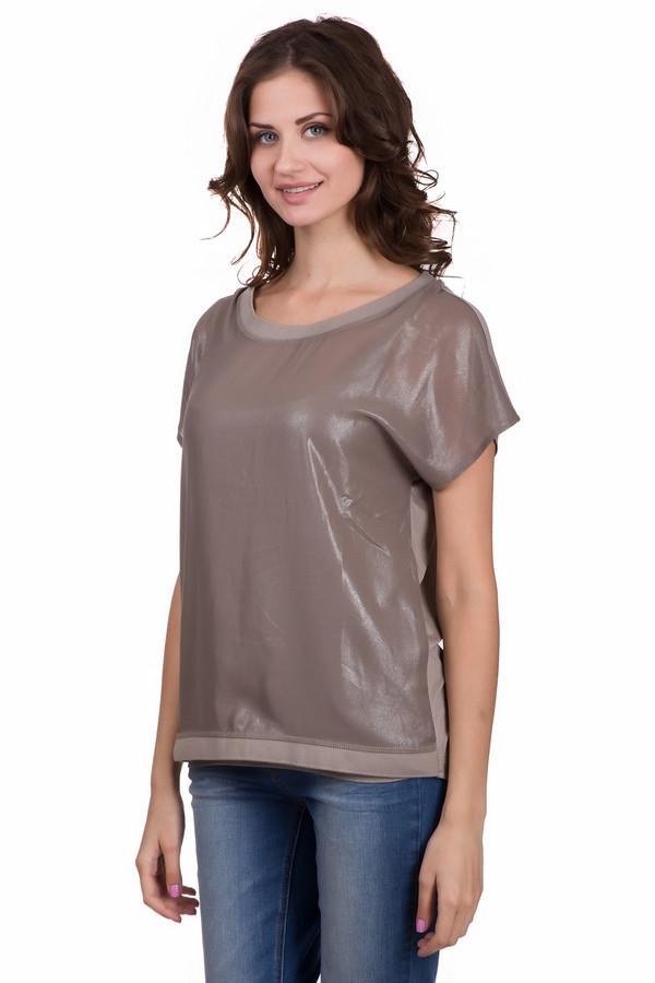Футболка Betty BarclayФутболки<br>Модная женская футболка от бренда Betty Barclay бежевого цвета. Данное изделие выполнено из вискозы. Такая модель создана для летней погоды. Футболка не облегает фигуру. Спинка немного длиннее передней части. Спереди футболка украшена немного блестящей тканью. Хорошо подойдет для праздничных мероприятий.<br><br>Размер RU: 48<br>Пол: Женский<br>Возраст: Взрослый<br>Материал: вискоза 100%<br>Цвет: Бежевый