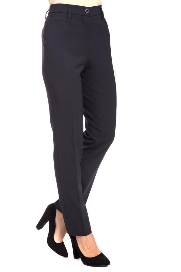 Брюки GardeurБрюки<br>Классические женские брюки Gardeur серого цвета. Изделие состоит из полиэстера, шерсти и эластана. Данная модель предназначена для осени или весны. Штаны высокой посадки. Отличный вариант для похода н работу или учебу. Подчеркивают линию талии. Идеально сочетаются с женственными блузами и строгими рубашками.<br><br>Размер RU: 46K<br>Пол: Женский<br>Возраст: Взрослый<br>Материал: эластан 5%, полиэстер 52%, шерсть 43%<br>Цвет: Серый