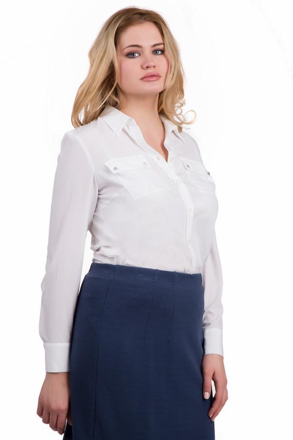 Блузa Rabe collectionБлузы<br>Классическая женская блуза Rabe collection белого цвета. Полностью состоит из полиэстера. Осенью и весной такая блуза будет наиболее комфортной. Блузку украшают отложной воротничок, широкие манжеты, нагрудные кармашки, украшенные блестящими стразами. На спине сделаны выточки, которые подчеркивают фигуру.<br><br>Размер RU: 48<br>Пол: Женский<br>Возраст: Взрослый<br>Материал: полиэстер 100%<br>Цвет: Белый