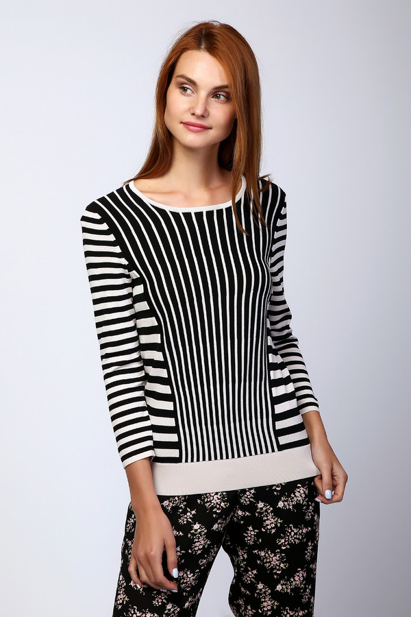 Пуловер PezzoПуловеры<br>Оригинальный женский пуловер от бренда Pezzo бежевого цвета с черными элементами. Данное изделие состоит из вискозы и нейлона. Такая модель создана для осени или весны. Пуловер немного облегает фигуру. Дополнен вертикальными и горизонтальными полосами. Визуально стройнит. Отличный вариант для повседневного образа.<br><br>Размер RU: 42<br>Пол: Женский<br>Возраст: Взрослый<br>Материал: вискоза 63%, нейлон 37%<br>Цвет: Чёрный