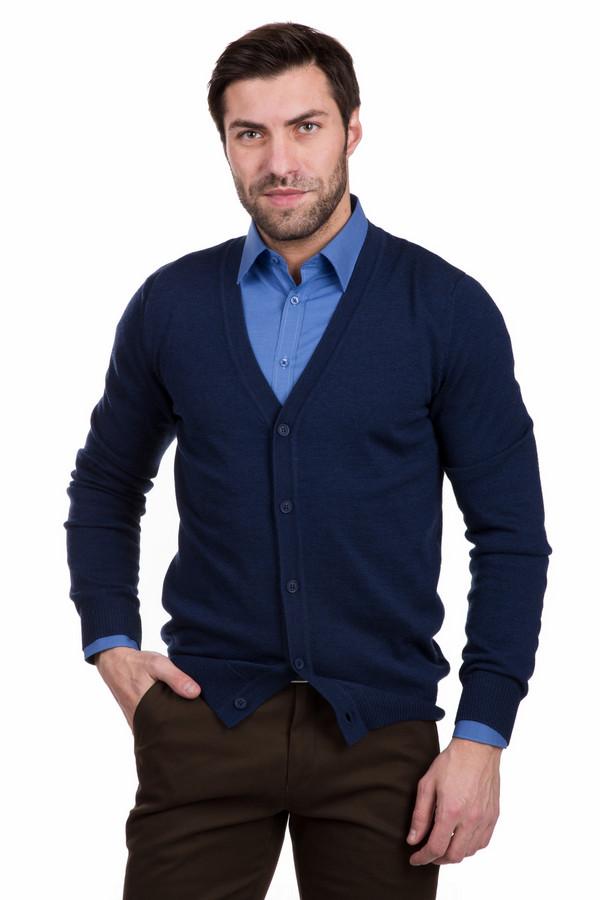 Кардиган PezzoКардиганы<br>Строгий мужской кардиган Pezzo синего цвета. Изготовлен полностью из шерсти. Наиболее комфортно в нем будет в весенний или осенний сезон. Кардиган прямого кроя, с длинными рукавами, вырез горловины глубокий. Дополнен застежкой на пяти пуговицах. Рекомендуется надевать с рубашками: он отлично дополняет их.<br><br>Размер RU: 46<br>Пол: Мужской<br>Возраст: Взрослый<br>Материал: шерсть 100%<br>Цвет: Синий