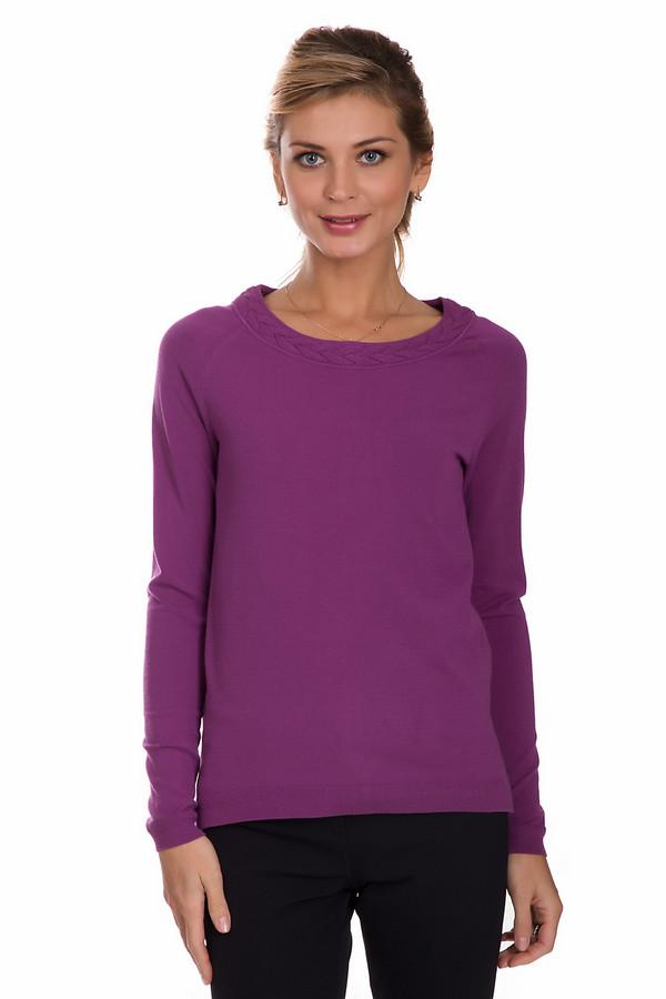 Пуловер PezzoПуловеры<br>Яркий пуловер от бренда Pezzo фиолетового цвета. Это изделие состоит из вискозы и эластана. Такая модель предназначена для осени или весны. Пуловер немного облегает фигуру. Дополнен вязаной косичкой на вороте. Придаст повседневному образу яркости и неотразимости. Сочетать можно с низом любого фасона и стиля.<br><br>Размер RU: 42<br>Пол: Женский<br>Возраст: Взрослый<br>Материал: вискоза 80%, полиэстер 20%<br>Цвет: Фиолетовый