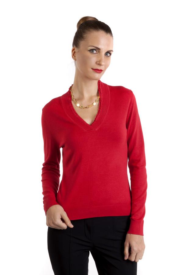 Пуловер PezzoПуловеры<br>Однотонный пуловер Pezzo приталенного кроя выполнен в красном цвете. Изделие дополнено v-образным воротом и длинными рукавами. Женственный пуловер идеально подойдет к повседневному образу.<br><br>Размер RU: 50<br>Пол: Женский<br>Возраст: Взрослый<br>Материал: вискоза 82%, нейлон 18%<br>Цвет: Красный