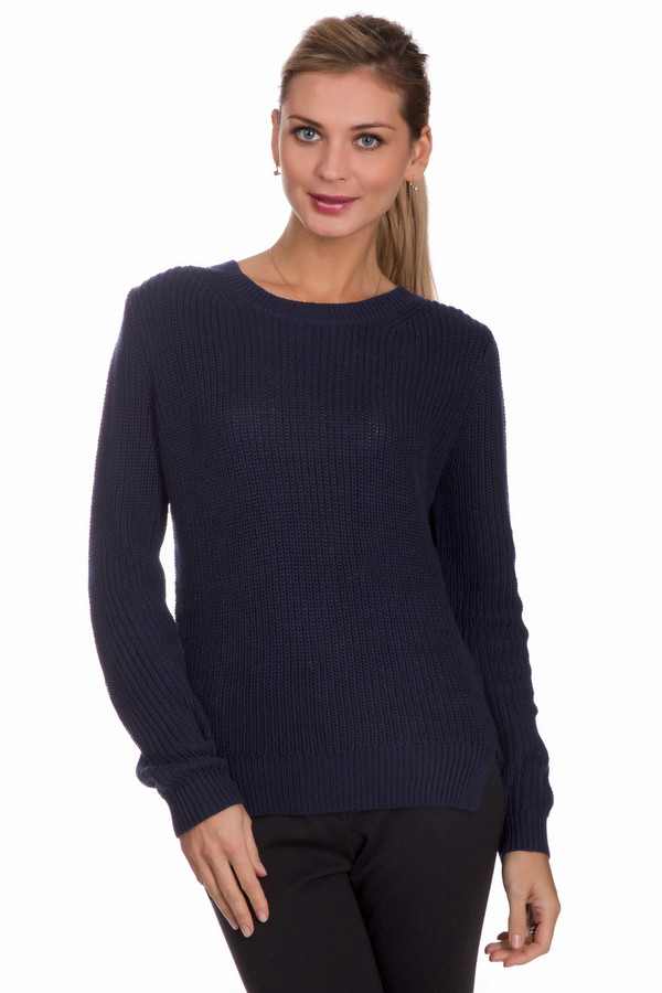 Пуловер Tom TailorПуловеры<br>Универсальный женский пуловер Tom Tailor синего цвета. Это изделие состоит из хлопка и полиакрила. Такая модель предназначена для холодной зимней погоды. Пуловер свободного кроя. Дополнен маленькими разрезами по бокам. Прекрасное решение для повседневного образа. Хорошо подойдет тем, кто любит интересные цветовые решения в одежде.<br><br>Размер RU: 46-48<br>Пол: Женский<br>Возраст: Взрослый<br>Материал: хлопок 50%, полиакрил 50%<br>Цвет: Синий