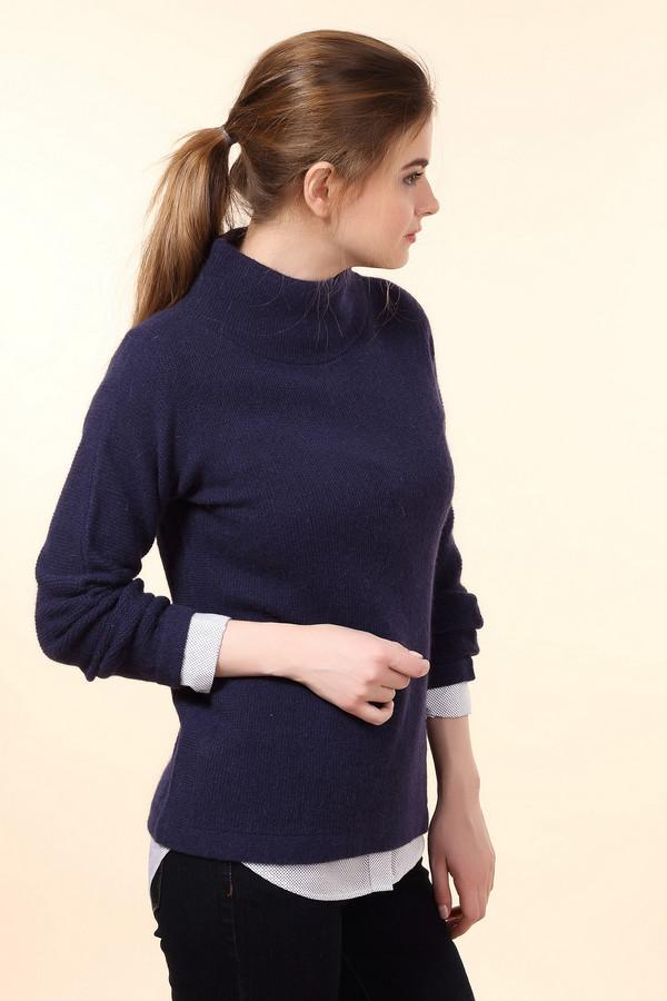 Пуловер PezzoПуловеры<br>Практичный женский пуловер от бренда Pezzo синего цвета. Это изделие состоит из шерсти, ангоры и полиамида. Такая модель рассчитана на зимнюю погоду. Пуловер свободного кроя. Дополнен красивым воротом. Рукава объемные. Эта вещь является отличным вариантом на холодную пору. Смотрится оригинально и стильно.<br><br>Размер RU: 50<br>Пол: Женский<br>Возраст: Взрослый<br>Материал: шерсть 70%, полиамид 10%, ангора 20%<br>Цвет: Синий