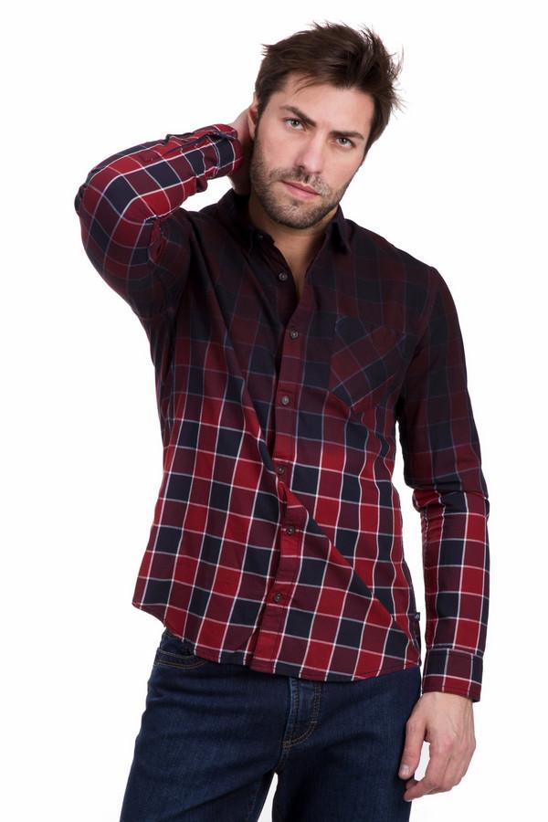 Рубашка с длинным рукавом s.Oliver DENIMДлинный рукав<br>Мужская рубашка с длинным рукавом s.Oliver DENIM в крупную красно-черную клетку. Изделие полностью состоит из хлопка. Подходит для носки в межсезонье. Модель украшена манжетами на пуговице и накладным карманом на груди. Подойдет любителем стиля смарт-кэжуал. Будет прекрасно смотреться с черными брюками или джинсами.<br><br>Размер RU: 44-46<br>Пол: Мужской<br>Возраст: Взрослый<br>Материал: хлопок 100%<br>Цвет: Разноцветный